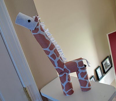 Cardboard tube giraffe crafts by amanda for Where to buy cardboard tubes for craft