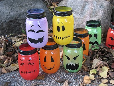 Lanternes d'Halloween en verre avec peinture
