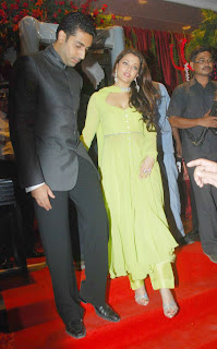 Aishwarya Rai Hot Sexy Photo 5