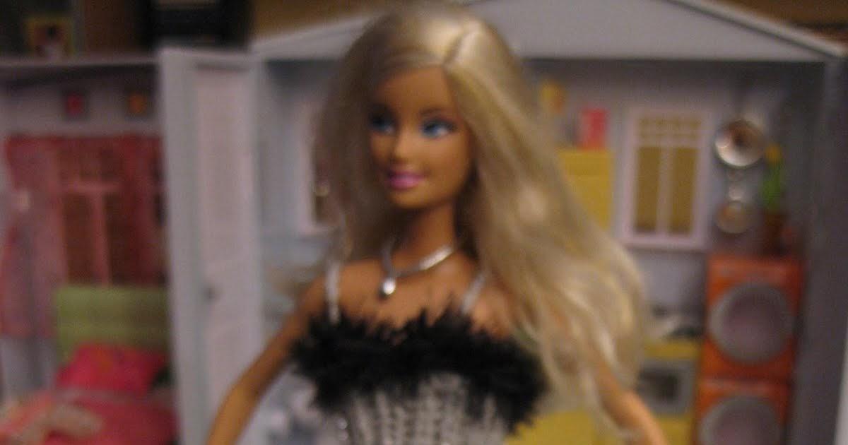 CREACIONES SUSANA: Ropa y complementos para muñecas Barbie