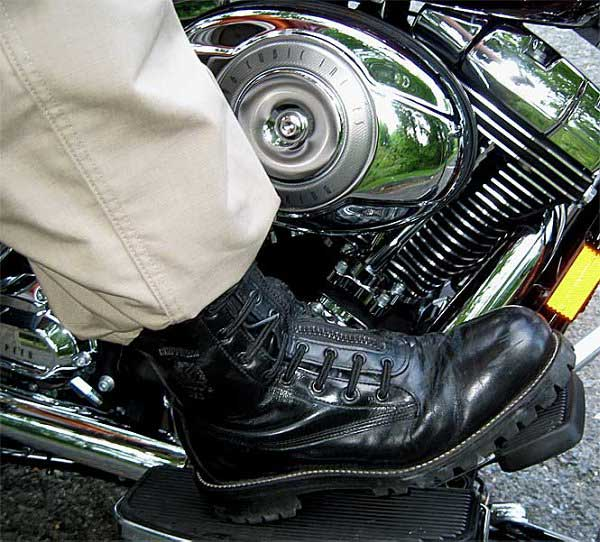 BHD's Musings: Why Do I Need To Wear Motorcycle Boots?