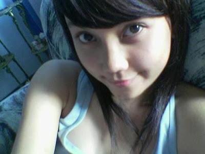 http://4.bp.blogspot.com/_z0JTjHSmx2U/SvpiZWwqOuI/AAAAAAAAAAs/--AI1ild6aU/s320/cinta.jpg