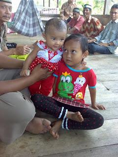 Maya dan Nita 22 Mei 2009