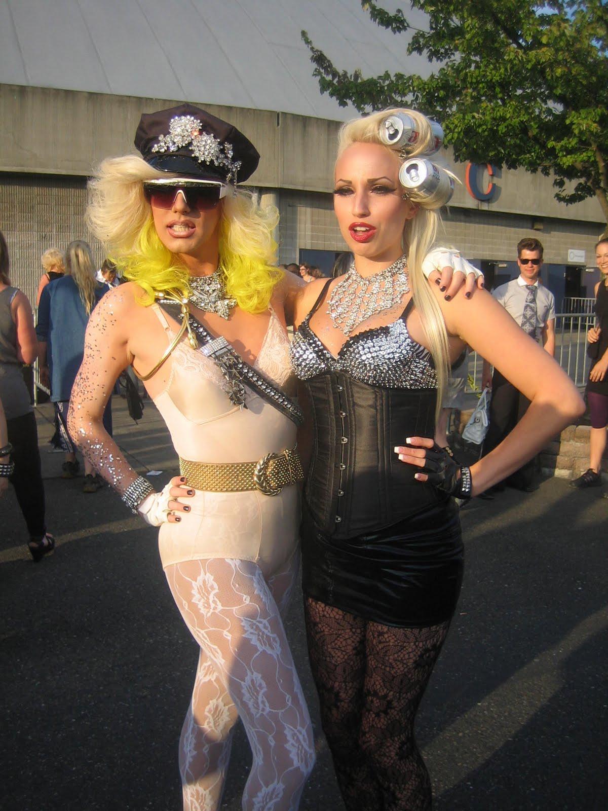 http://4.bp.blogspot.com/_z22KIafhDkw/THcW4Q4BVmI/AAAAAAAABG4/4jKUAq2WQH0/s1600/Lady+Gaga+5.jpg