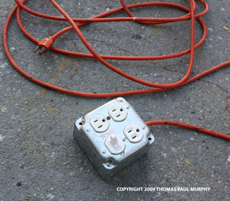 American Ingenuity Portable Electric Switchable Outlet