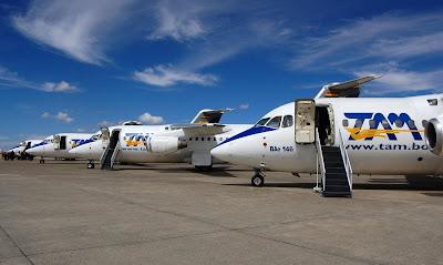 lineas aereas internacionales que operan en guayaquil: