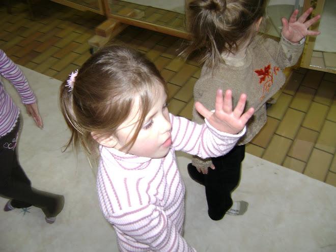 Anaëlle ( danse créative 4/5 ans)