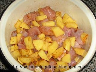 pui si cartofi la cuptor