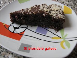 tort snickers delicios