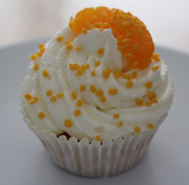 Cupcake aus einer Cupcakes-Backmischung von Dr. Oetker