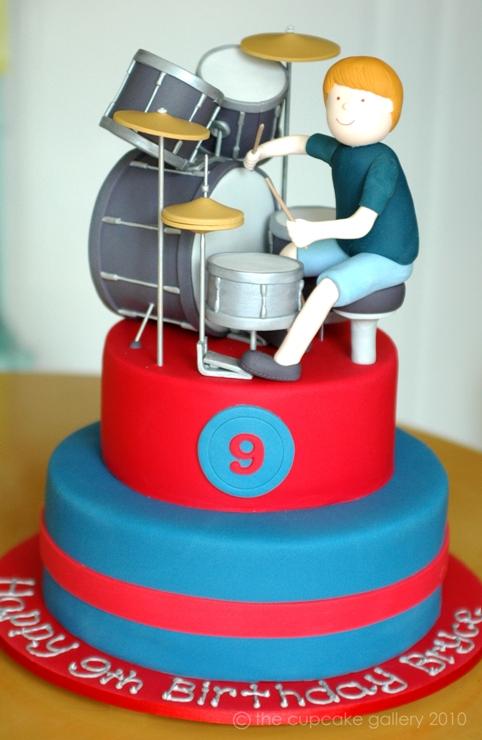 How To Make A Cake Shaped Like A Drum Set