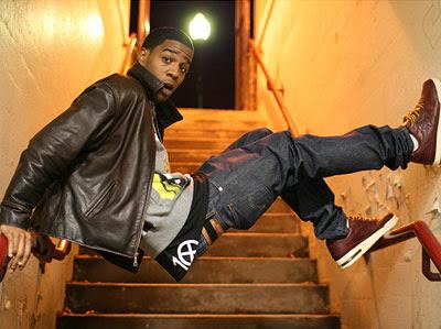 http://4.bp.blogspot.com/_z3stOzK4YOc/Sbs2XjskTdI/AAAAAAAAAHA/jKo_fIZJh7w/s400/kid-cudi-hip-hop_l.jpg