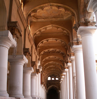 thirumalai nayakar mahal,thirumalai nayak palace Madurai,thirumalai nayakar mahal photos,Madurai thirumalai nayakar mahal,thirumalai naicker palace,thirumalai nayakar grand pillars