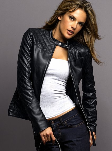 Women motorcycle jacket vs