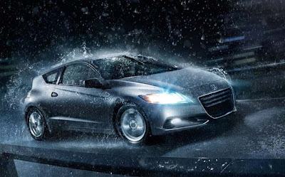 2011 Honda CR-Z in rain