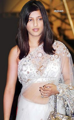 shruti hassan in saree pics hot sexy
