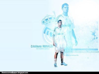 Cinta Laura Baby  on Soccer Wallpaper  Cristiano Ronaldo Wallpaper  Realmadrid Team