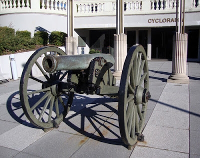 Atlanta Cyclorama cannon