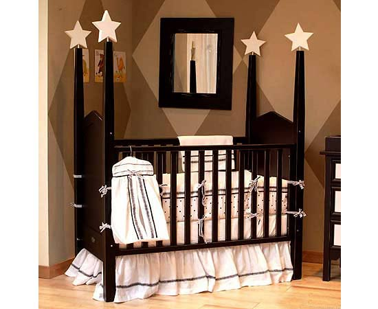 BABY ACCESSORIES: Choosing a Round Baby Crib