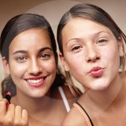 http://4.bp.blogspot.com/_z7PFSXqH2Vo/SMKkUY0GibI/AAAAAAAAG7k/wR-HHU46KJs/s320/Teens+Beauty+and+Make+up+Tips.jpg