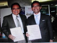 Doctor  Arturo Panduro ganador del premio de la Asociación Japonesa de Hepatología