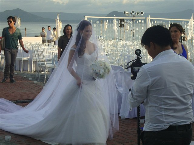 republik cinta studio: Kristine Hermosa, Oyo Boy Sotto Wedding Photos!