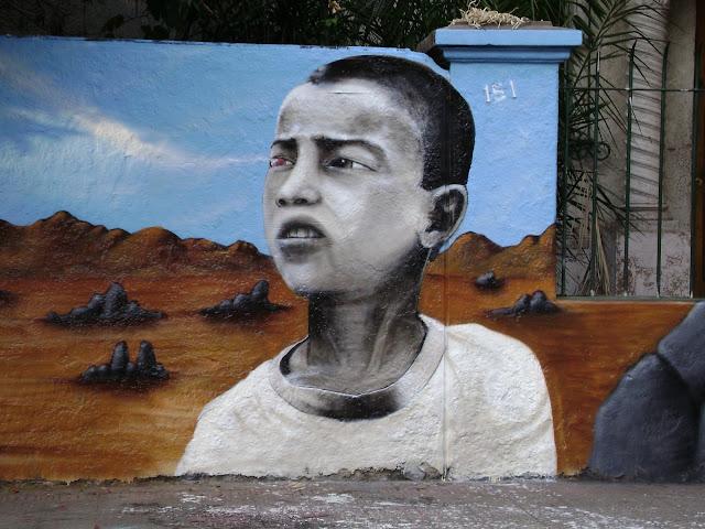 graffiti de izak en bellavista, santiago, chile