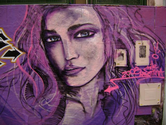 graffiti de izak en palermo, buenos aires
