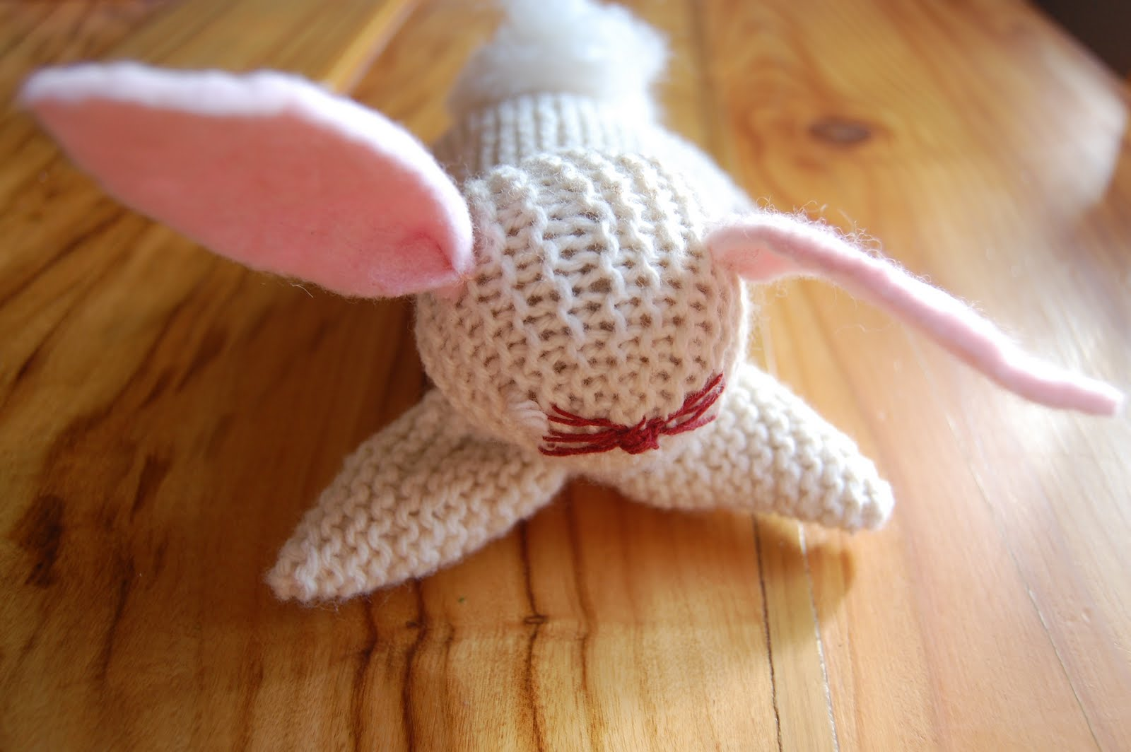 Easy knitting patterns: Knitted Rabbit toy | Educator101Educator101