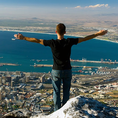 Standing on Table Mountain, Cape Town, South Africa © Matt Prater