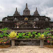 Miniature Borobudur at the Buddhist monastery in Banjar, Bali, Indonesia © Matt Prater