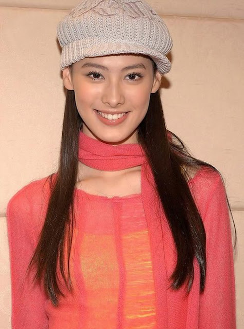 Chinese Actress Isabella Leong
