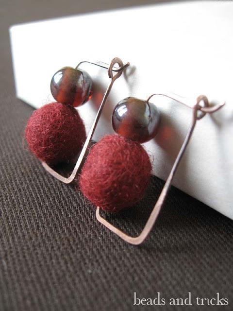 orecchini feltro rosso