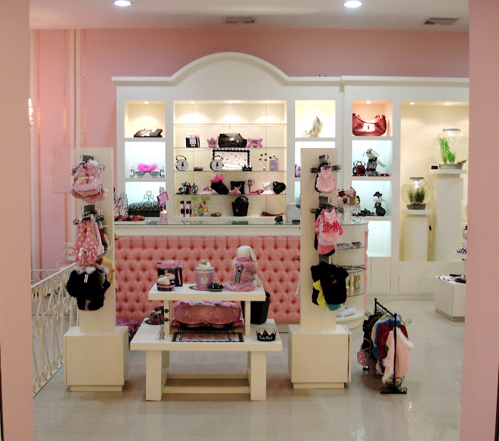 PROJECT: Multiplaza Mall, high end pets  boutique