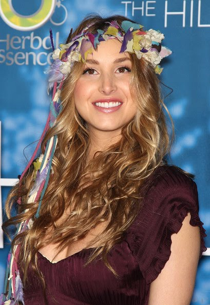Curly Long Hair, Long Hairstyle 2011, Hairstyle 2011, New Long Hairstyle 2011, Celebrity Long Hairstyles 2110