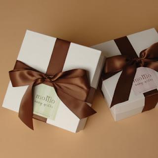 6 sfaturi potrivite pentru a impacheta cadouri supradimensionate