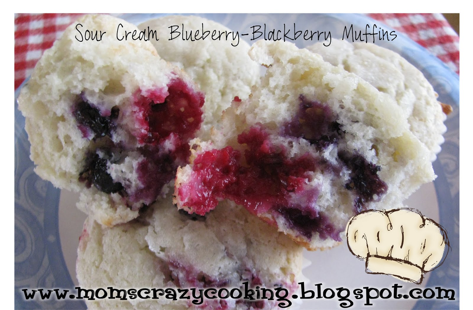 MOMS CRAZY COOKING: Sour Cream Blueberry-Blackberry Muffins