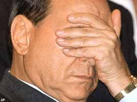 Berlusconi e il caldo a reti unificate. Il &quot;sacco&quot; della  Rai non interessa nessuno