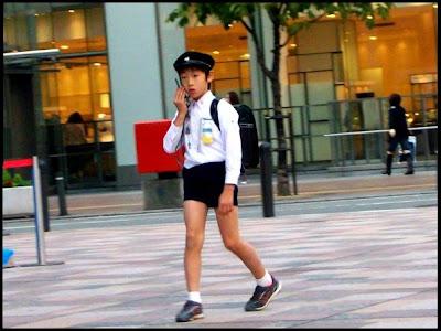 ホットパンツ - This Japanese school boy like short shorts. Felt ...