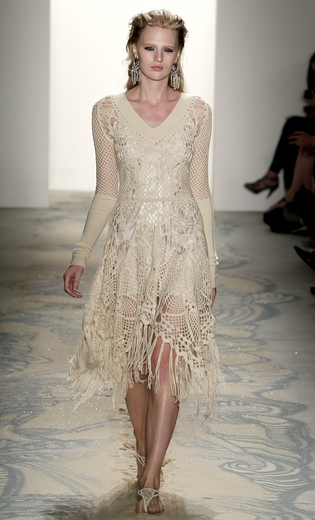 Crochet Clothing : Positively Crochet!: Crochet Dresses - Sfilata Salvatore Ferragamo ...