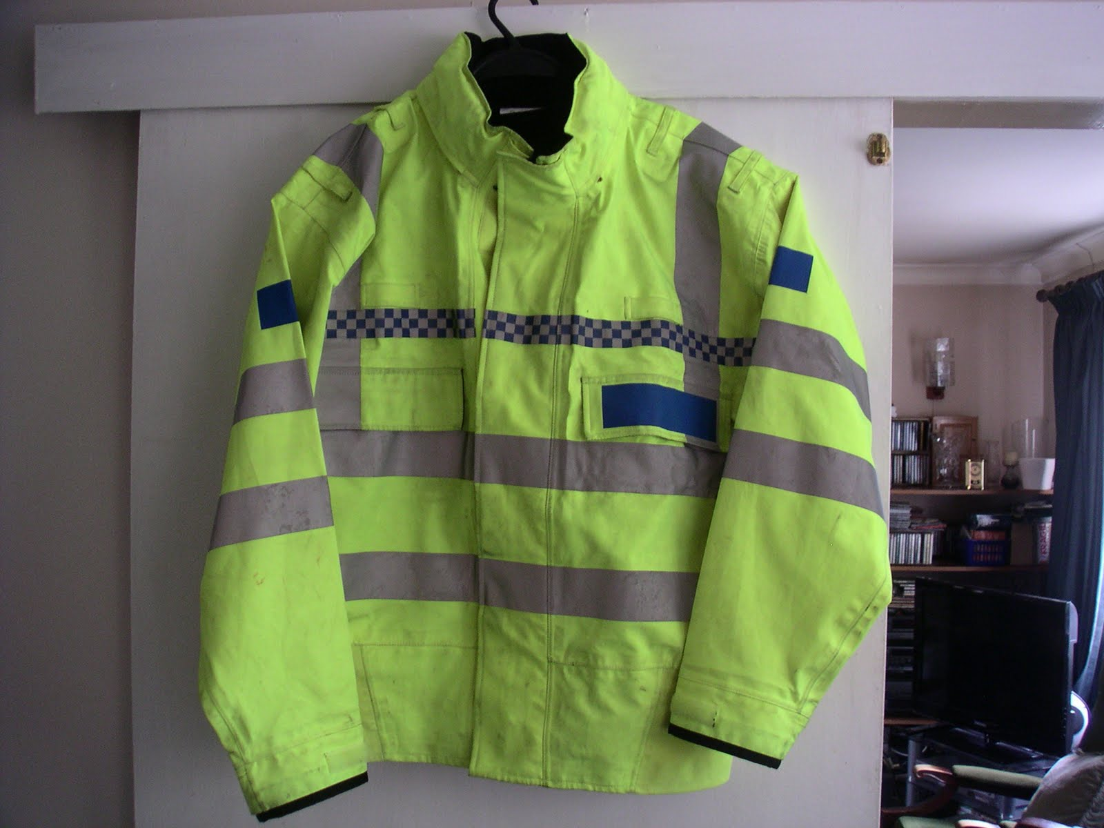 Police hi vis black jacket