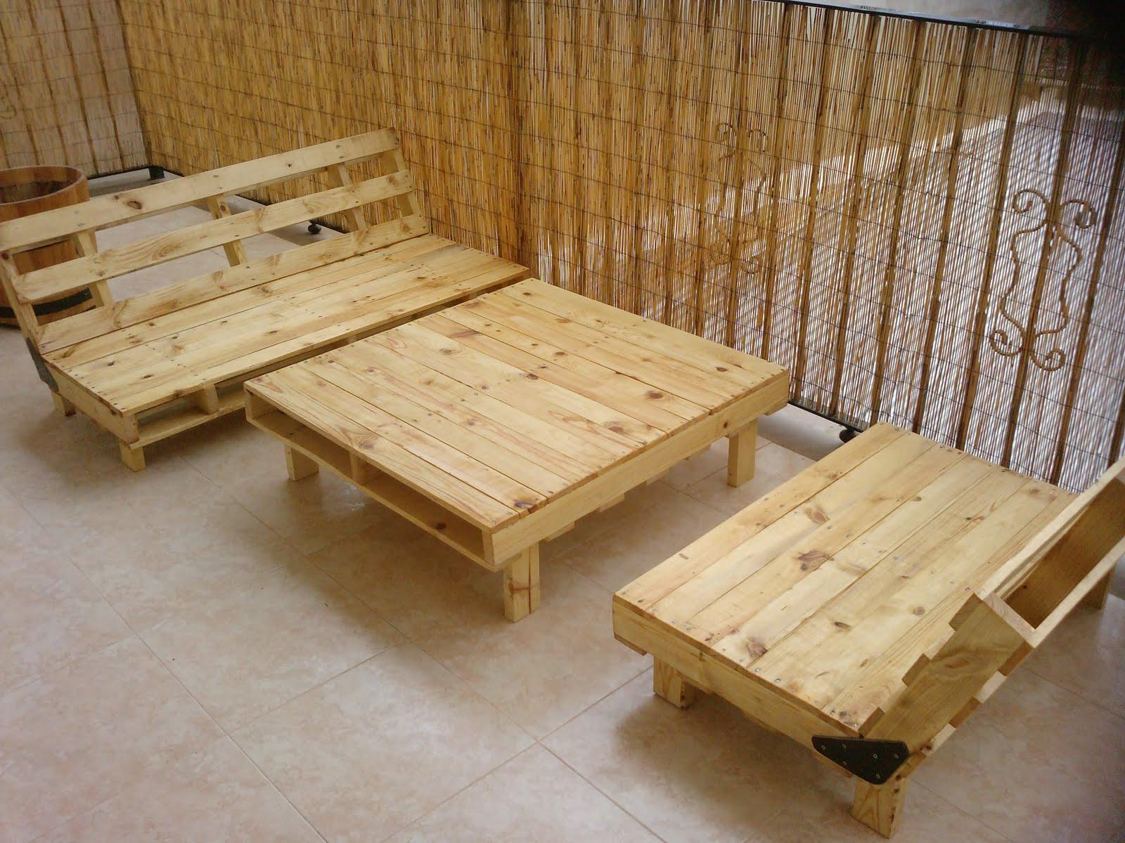 Los muebles de exterior de paléts de Alberto Marti  x4duroscom