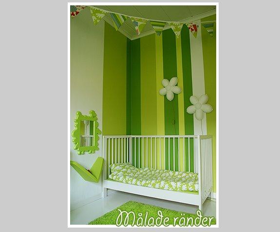 Una colorida pared para una habitaci n infantil for Paredes habitacion infantil