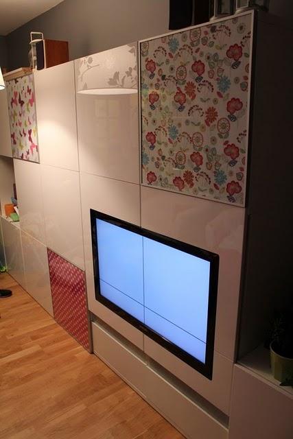 Ikea hack integra la tv en un mueble besta for Mueble besta ikea