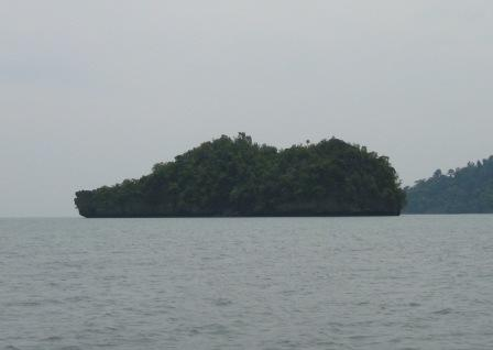 SHOE ISLAND AT THE END OF LANGKAWI RIVER