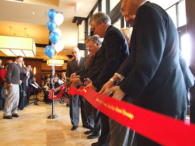 Branson Mayor Ribbon Cutting For Hilton