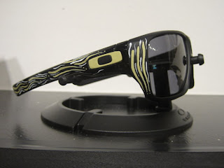 oakley custom sunglasses rh8q  Work the Angle