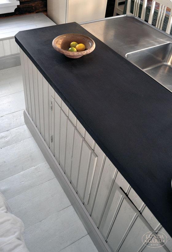 färga betong svart