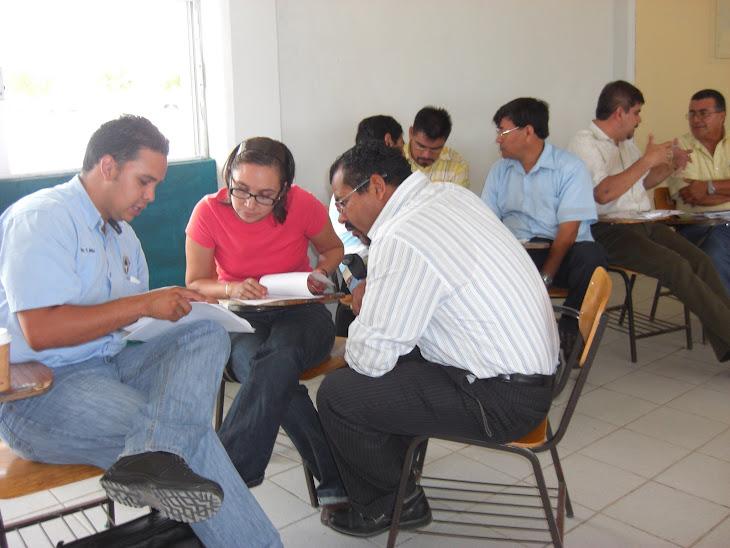 SE REALIZO LA SEGUNDA REUNION DE CIENCIAS III CON ENFASIS EN QUIMICA