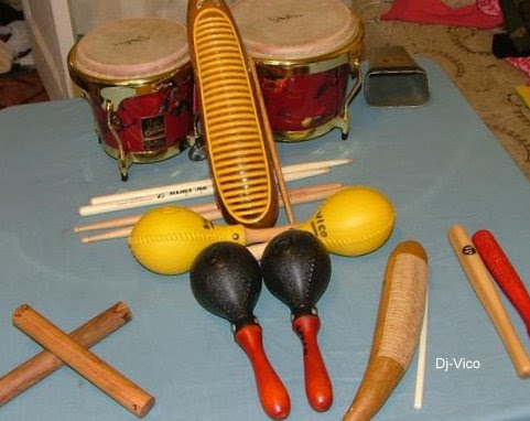 Bongoes-Guiro-Maracas-Clave